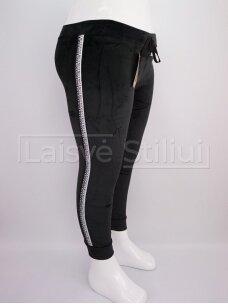 Juodos veliūrinės pašiltintos kelnės
