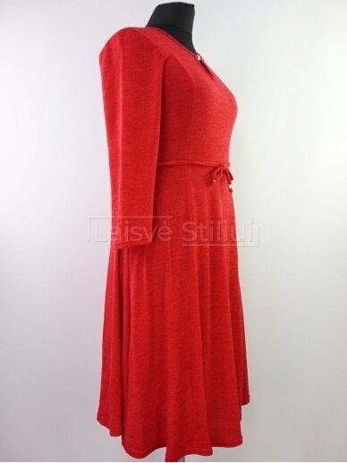 Raudona liemenuota platėjanti suknelė 2
